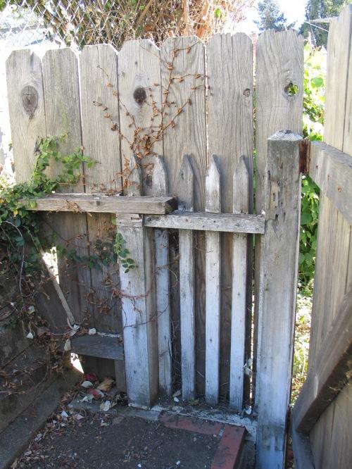 2 hidden fence